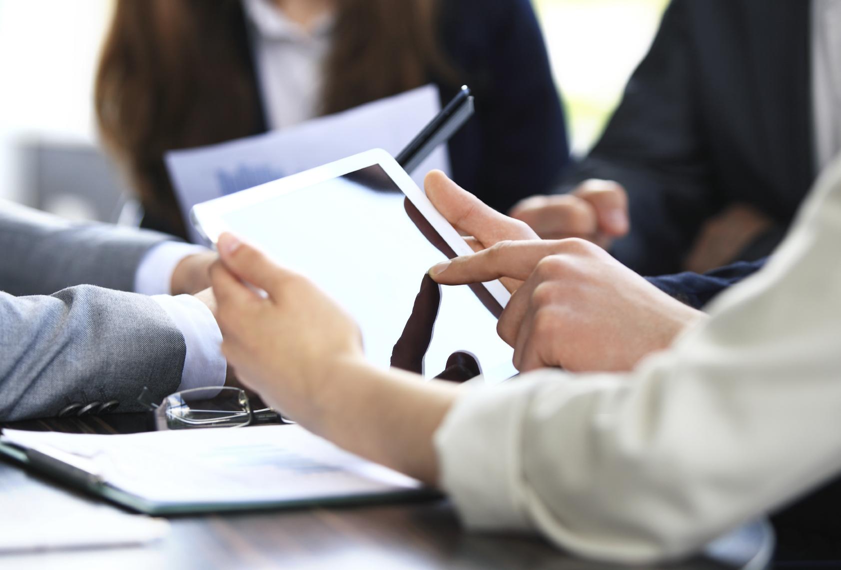 Diferencias entre la gestión de tiques y facturas en papel y mediante digitalización certificada