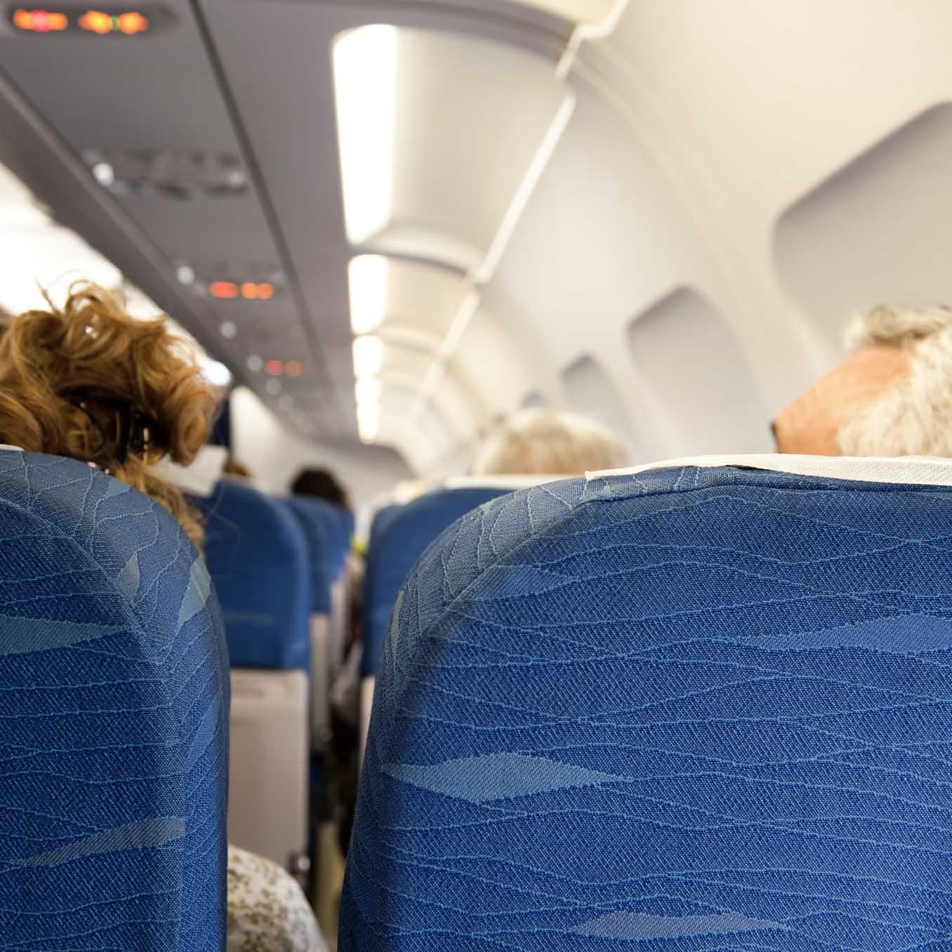 1.200_dólares_por_conectarse_al_WIFI_del_avión