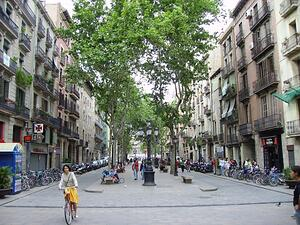 Cosas-que-visitar-en-Barcelona-durante-el-MWC-Pasear-por-el-Born