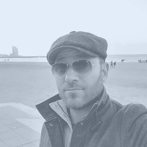 Fernando Baccari Headshot