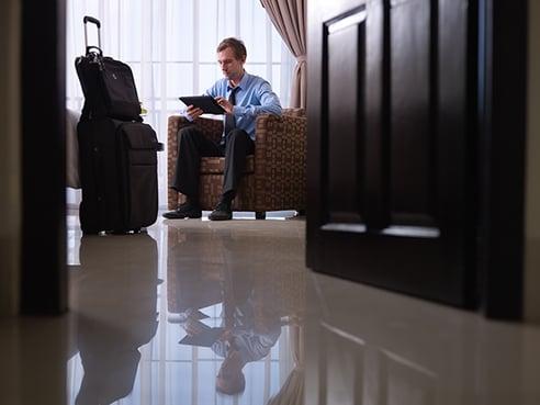 business-traveller-llega-el-hotel-por-horas.png