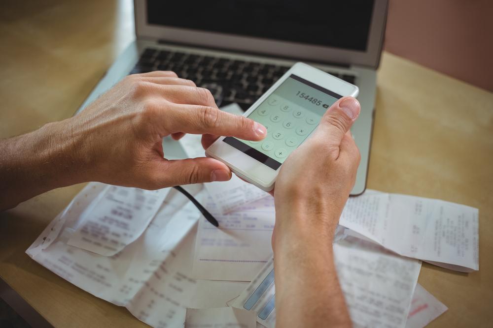 procesamiento de facturas manual
