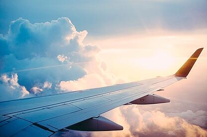 El avión y los hoteles encarecerán los viajes de negocios