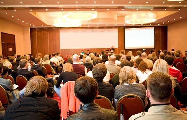 7 consigli per organizzare un evento aziendale
