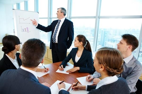 Formación empresarial para manejar los negocios internacionales, ¿gasto o inversión?