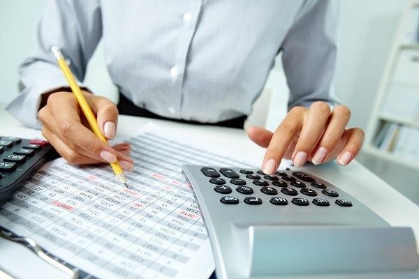 Deducir el IVA de los gastos de empresa no deducibles