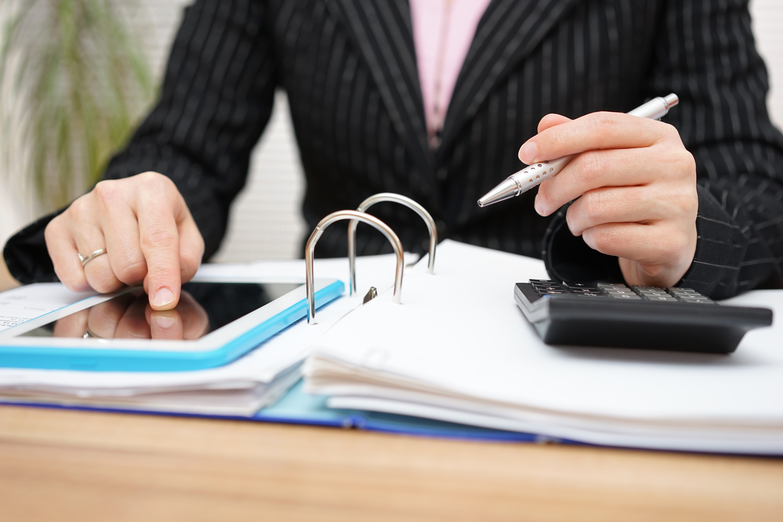 Che competenze deve avere il responsabile del controllo finanziario?