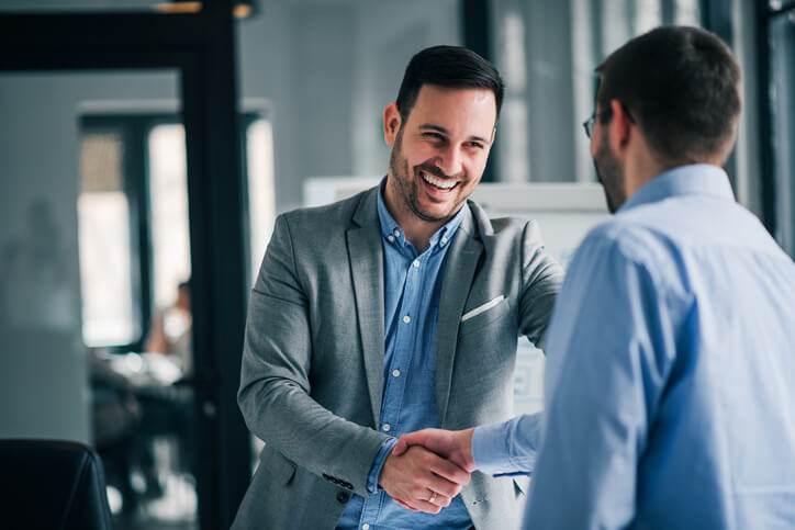 Galateo sul lavoro: come comportarsi con colleghi, principali e clienti